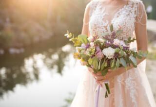 Sukienki weselne plus size Popularne modele