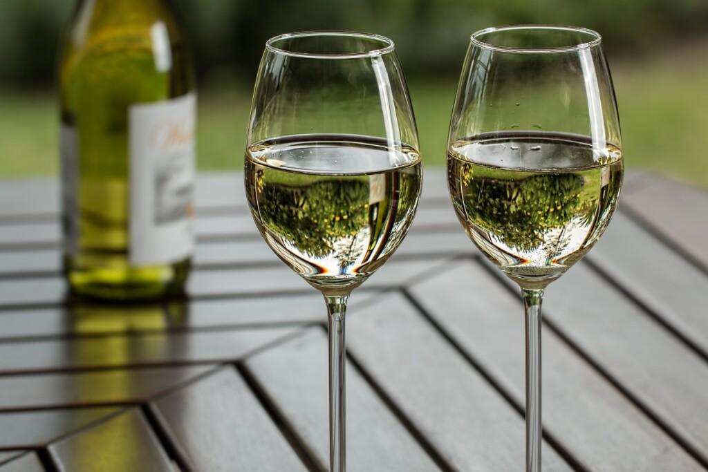 Wino słodkie białe